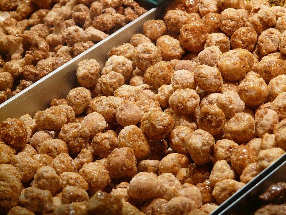 Le noci di macadamia sono tra i cibi vietati